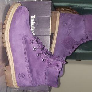 Juniors Purple Timberland boot size 6